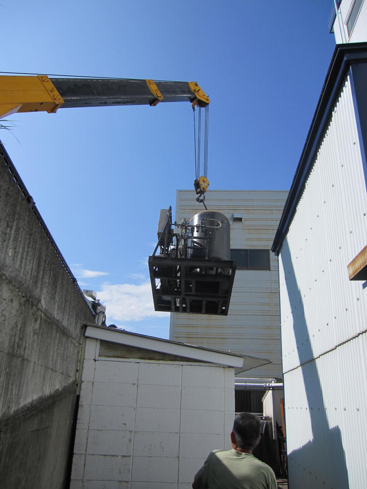 タレットパンチ・レーザー複合機の窒素発生装置設備更新